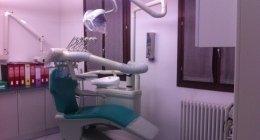 chirurgia implantare, cosmetica dentale, devitalizzazione