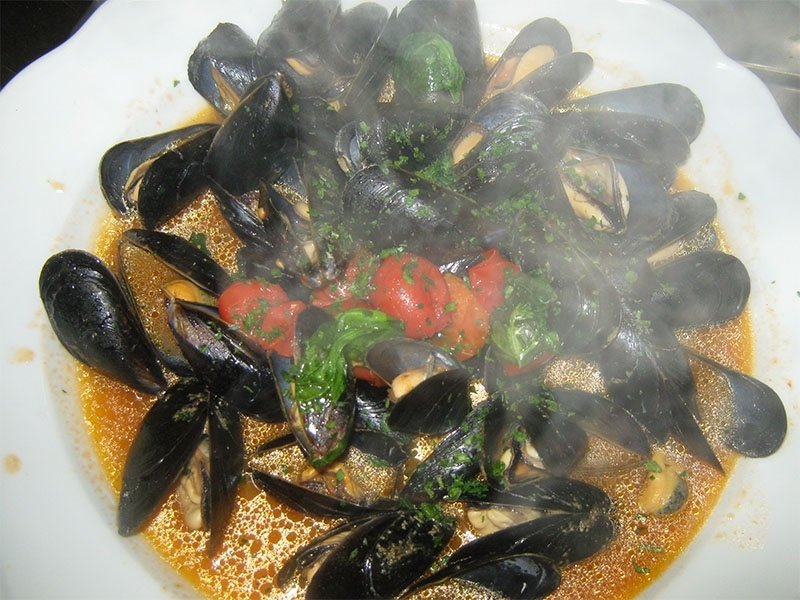 sauteed_mussels