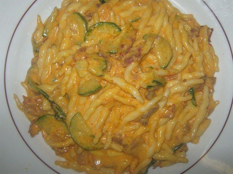 Strozzapreti_courgette_sauce