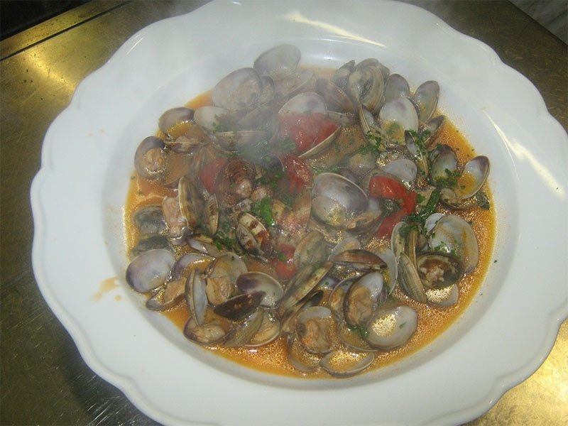 carpet_shell_clam_soup