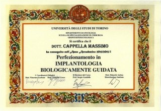 IMPLANTOLOGIA BIOLOGICAMENTE GUIDATA