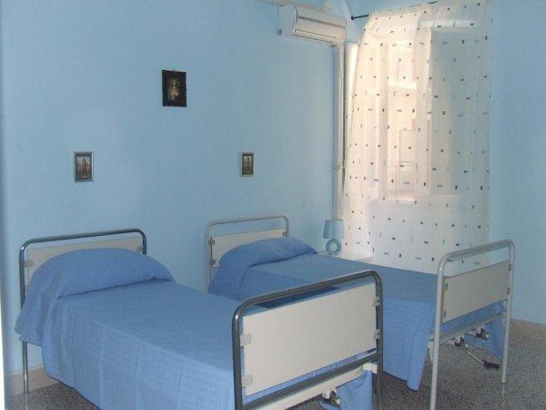 camere comunità alloggio per anziani