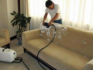 Servizi pulizia divani Faenza