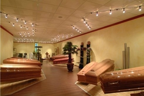 cofani funebri in legno, cofani funebri in legno chiaro, cofani funebri in legno scuro