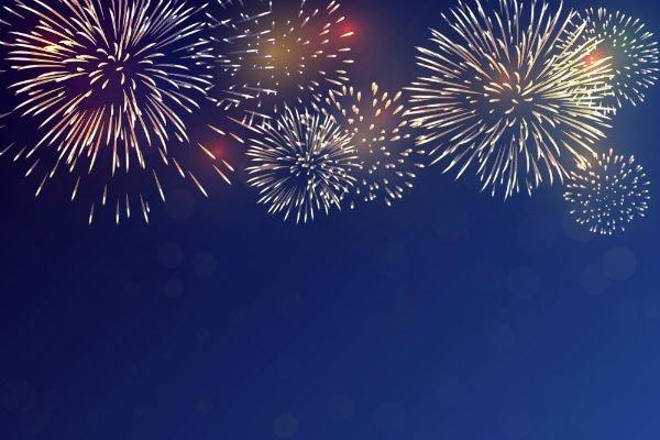 di fuochi d'artificio di diversi colori