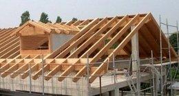 Dach, Holzdecke, Bedachung aus Holz