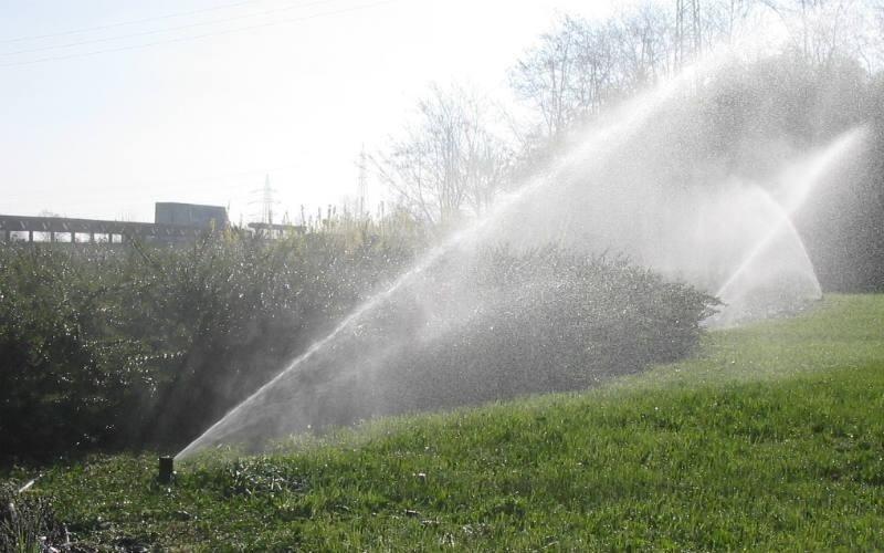 fornitura irrigatori giardino