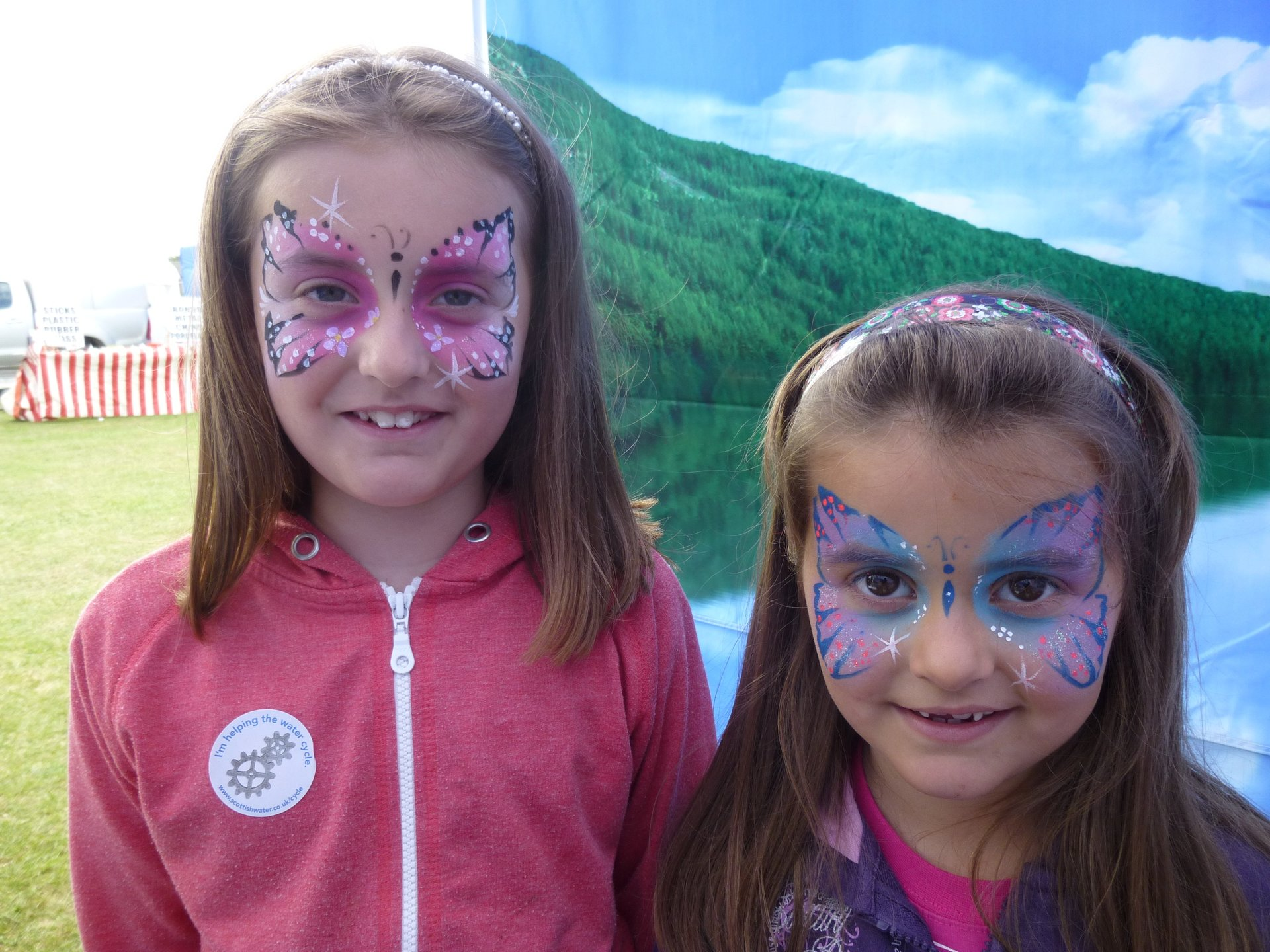 girls with painted face