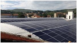montaggio di pannelli fotovoltaici