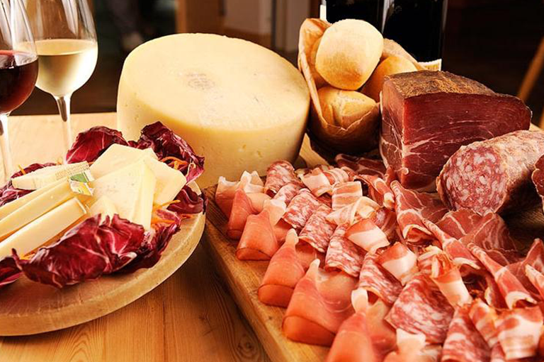 Typical cured meats and cheeses