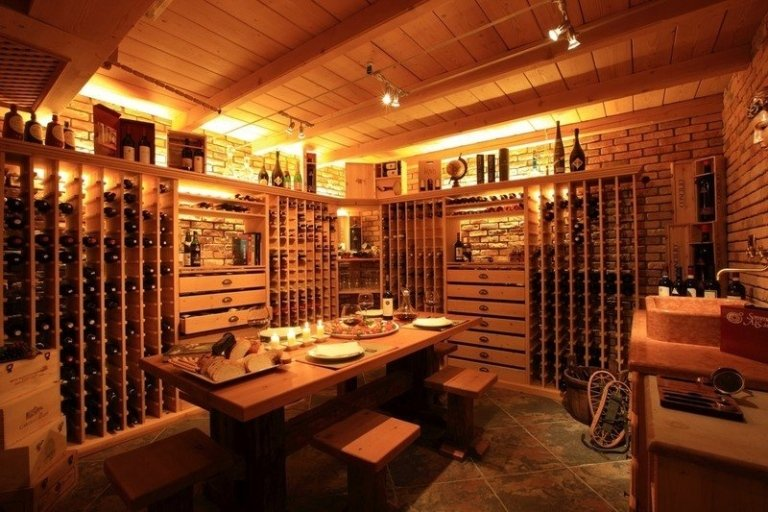 Dinner in a wine shop