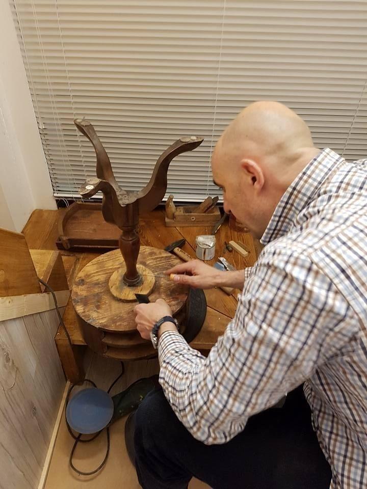 Restauro oggetti e mobili antichi
