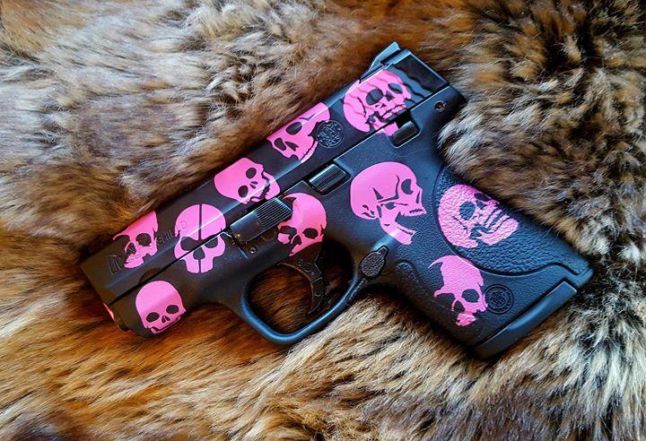 Pink Skull M&P