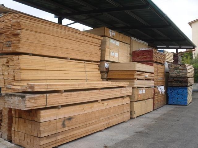 legname per l'edilizia