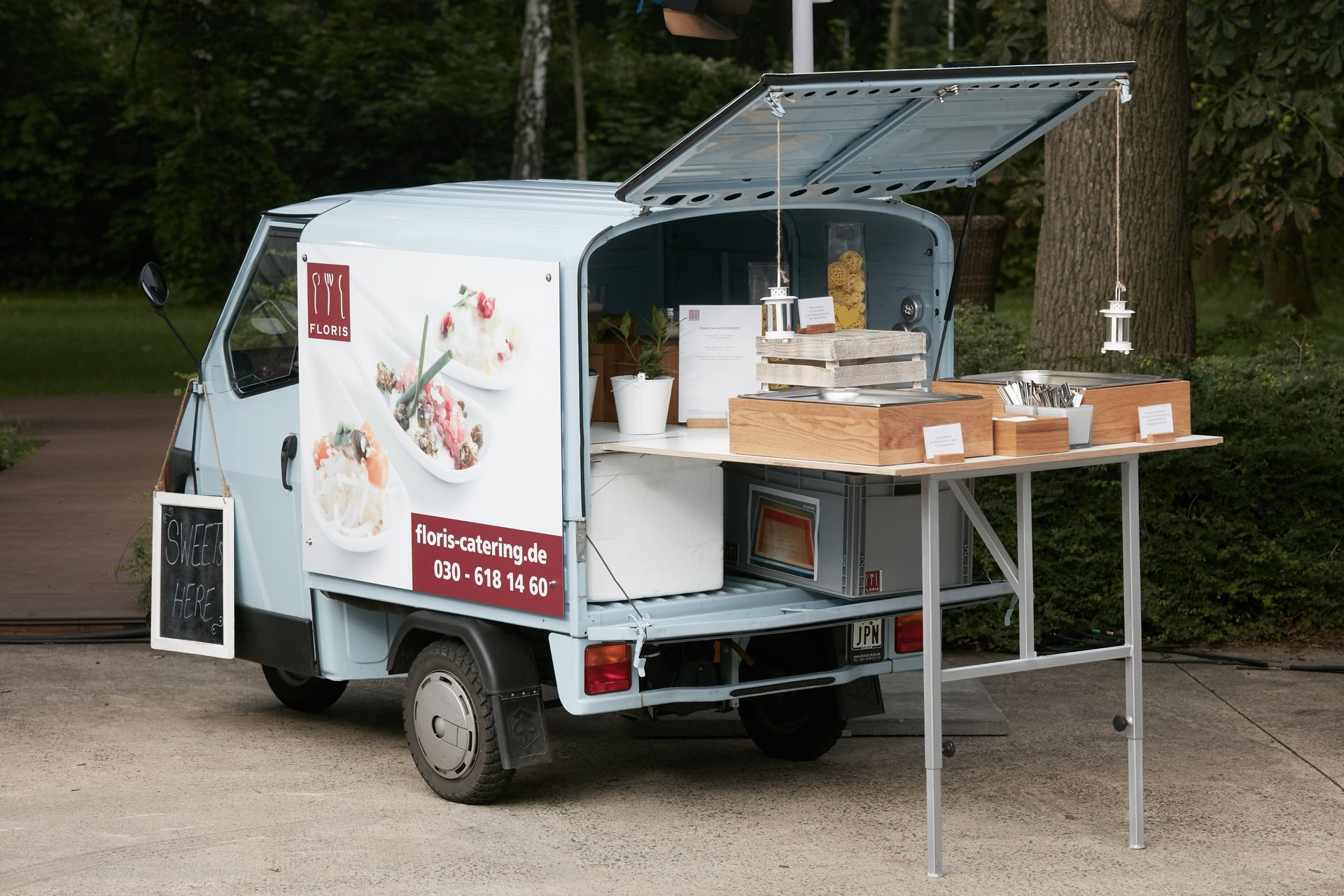 FLORIS Food Truck Fancy Cool Berlin