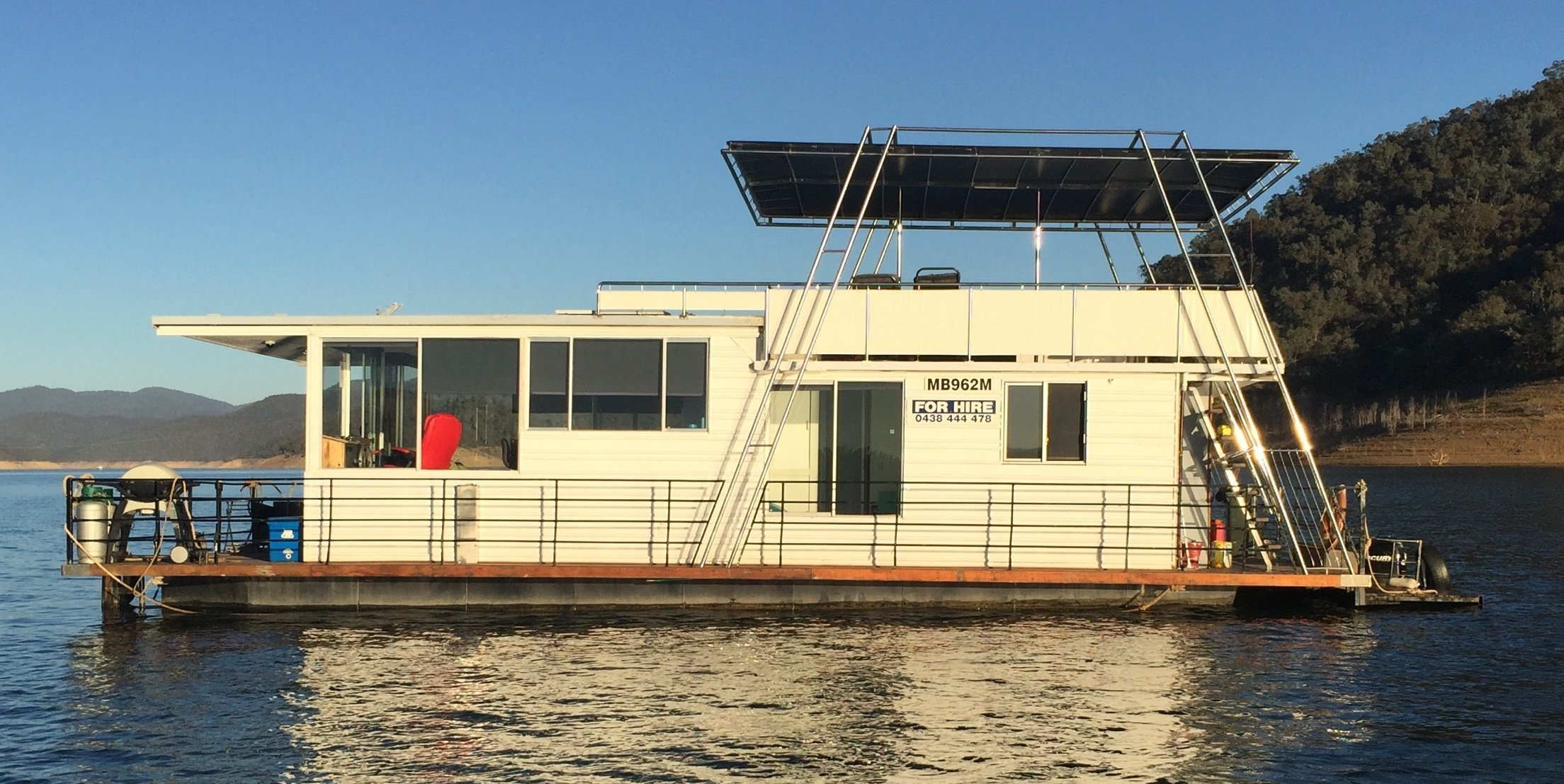 Exterior view of the house boat