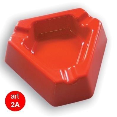 posacenere rosso triangolare in plastica 2a