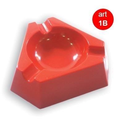 posacenere rosso triangolare in plastica