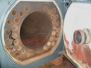Camera di combustione e i fasci tubieri dopo la pulizia