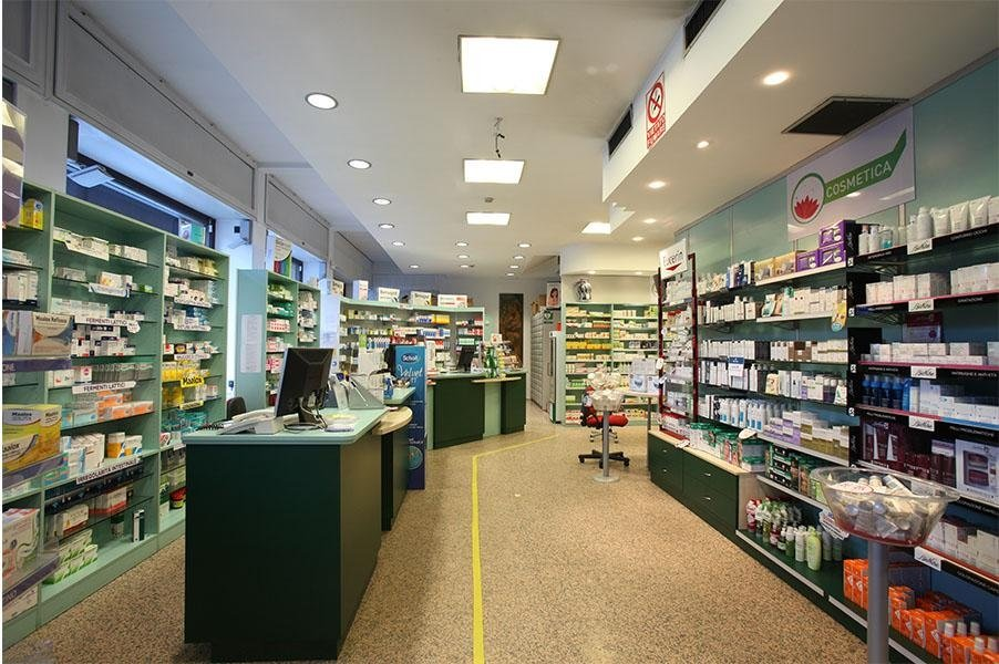Interno Farmacia 1 Aosta