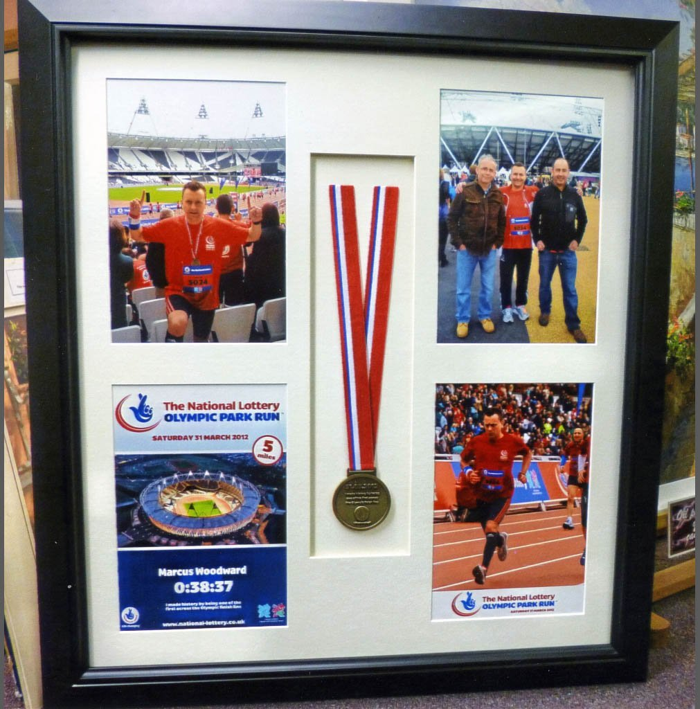 Certificate and medal frames