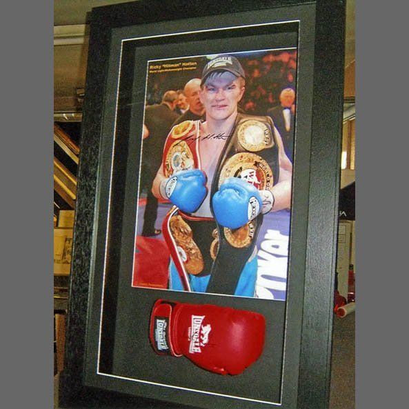 boxing gloves frame