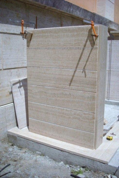 costruzione tomba di famiglia