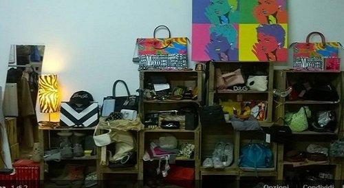 Nel nostro piccolo tempio degli affari trovi borse, cinture, cappotti, scarpe, orologi e tanti altri articoli alla moda a prezzi sorprendenti.