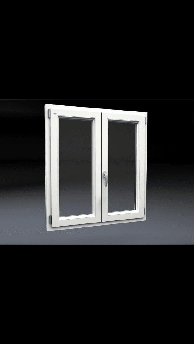 finestra con infissi bianchi