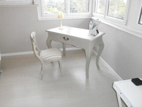 sedie decorante per showroom