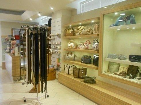 accessori pelletteria, vendita borse, borsellini