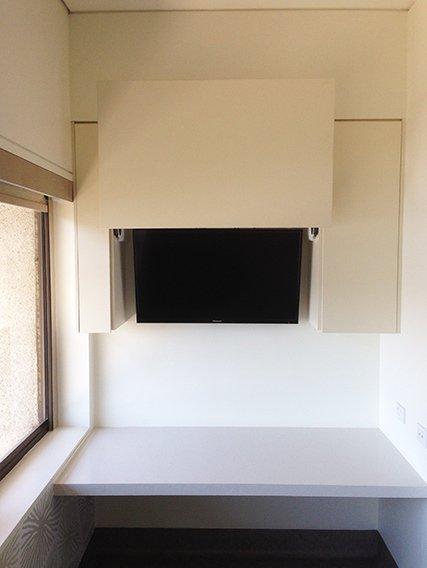 commercial desk fitout