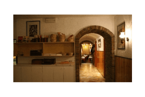 Presso il Ristorante Pizzeria Pace scoprirete gli autentici sapori della cucina piemontese.