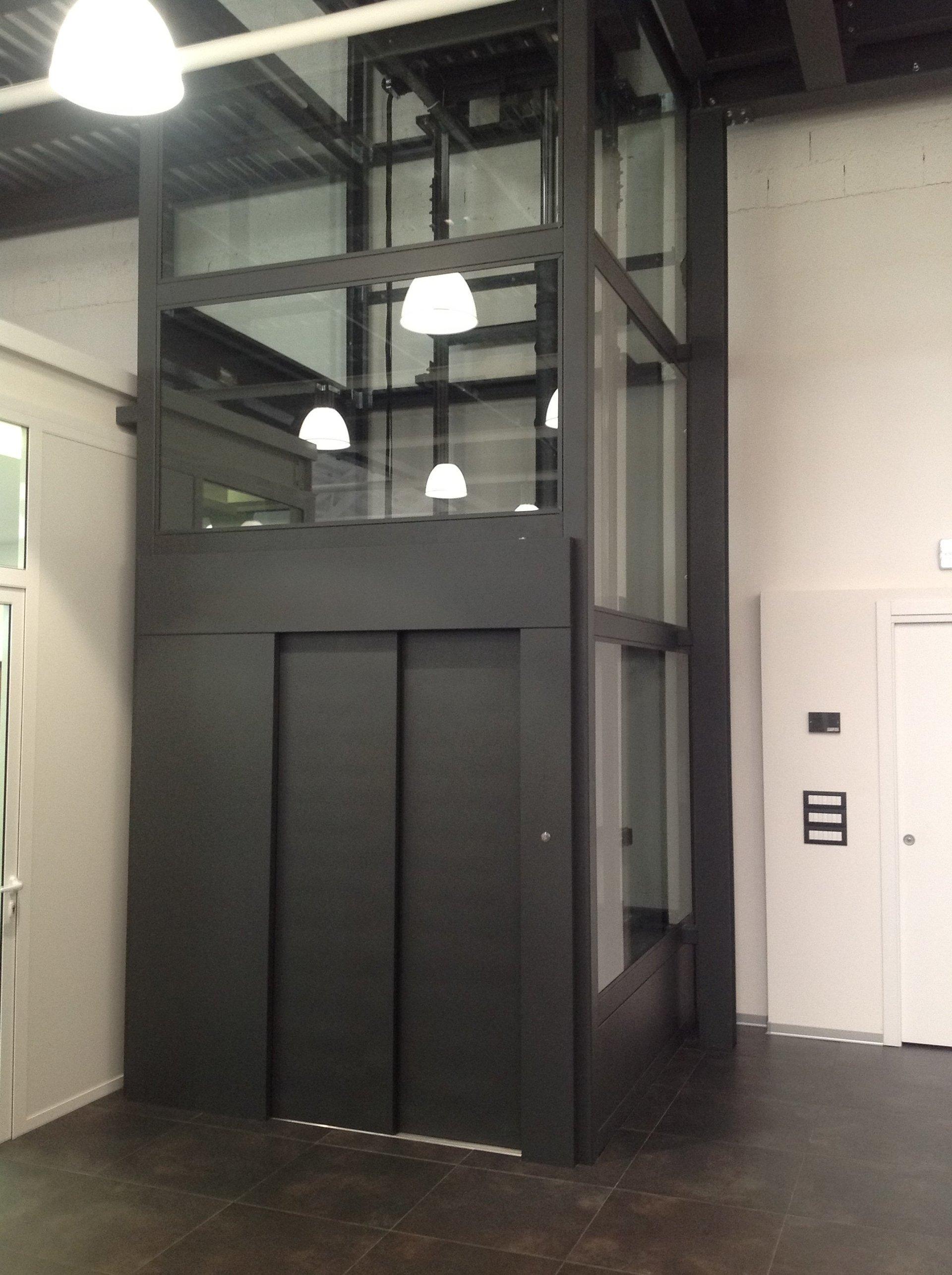 ascensore per interni