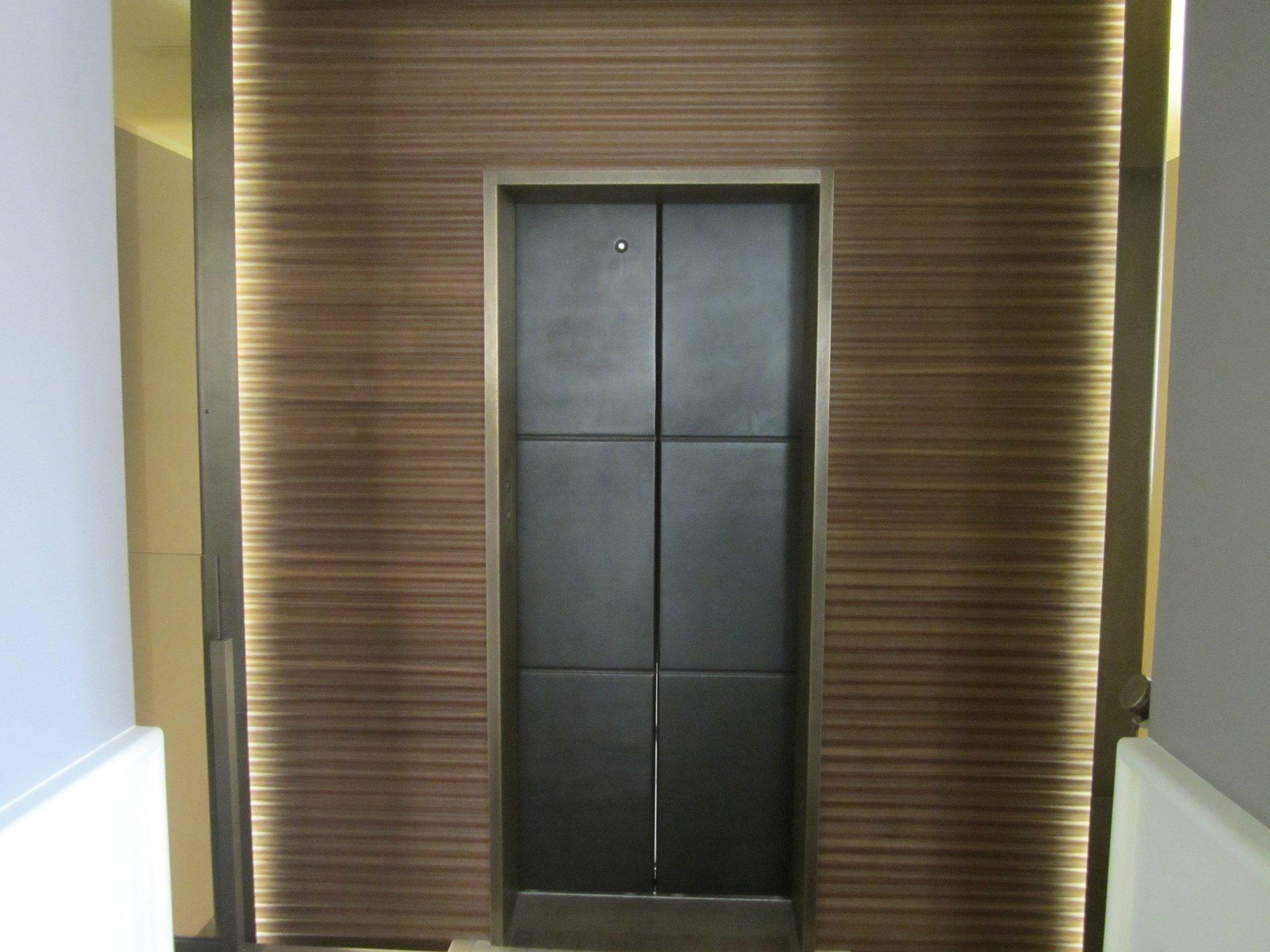 entrata di un ascensore