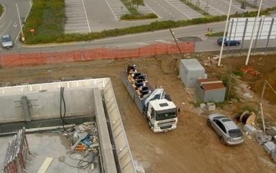 camion con ascensori