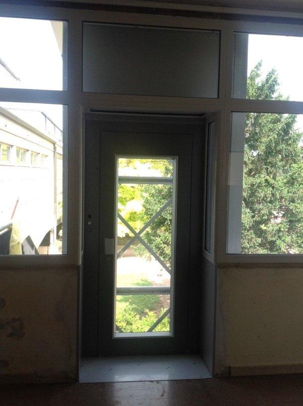 incastellatura e vetro
