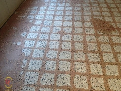 stuccatura pavimenti in marmo