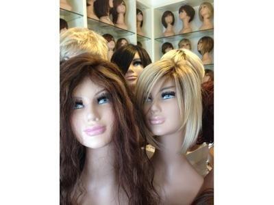 parrucche con capelli veri