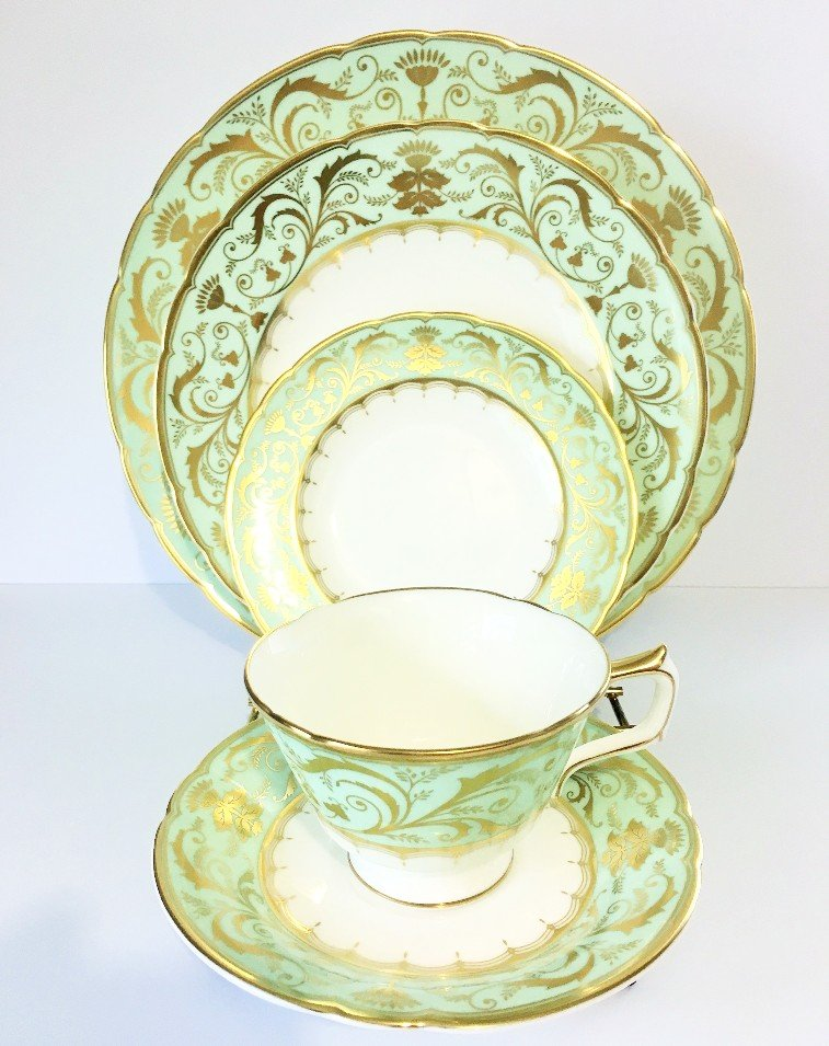 ROYAL CROWN DERBY TABLEWARE DARLEY ABBEY