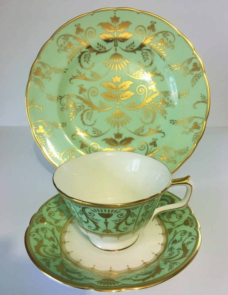 ROYAL CROWN DERBY DARLEY ABBEY HARLEQUIN