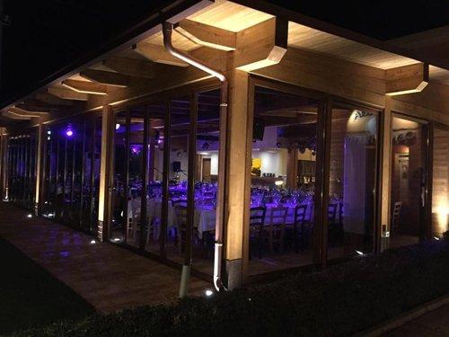 Il ristorante di notte