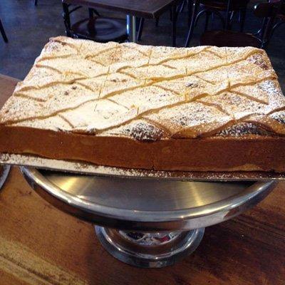 Large ricotta cheesecake with diamond pattern