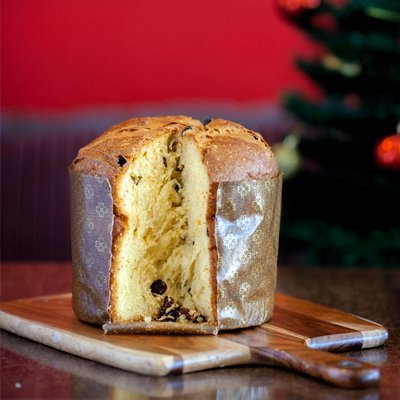 Italian panettone to serve at christmas
