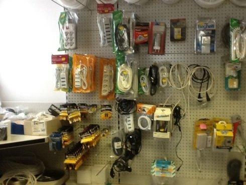 Batterie, cavi , adattatori, riduttori.