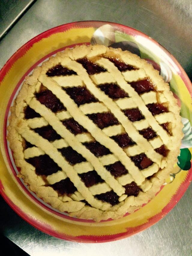 crostata con marmellata alla frutta