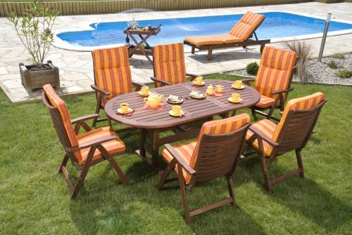 outdoor furniture assembly service