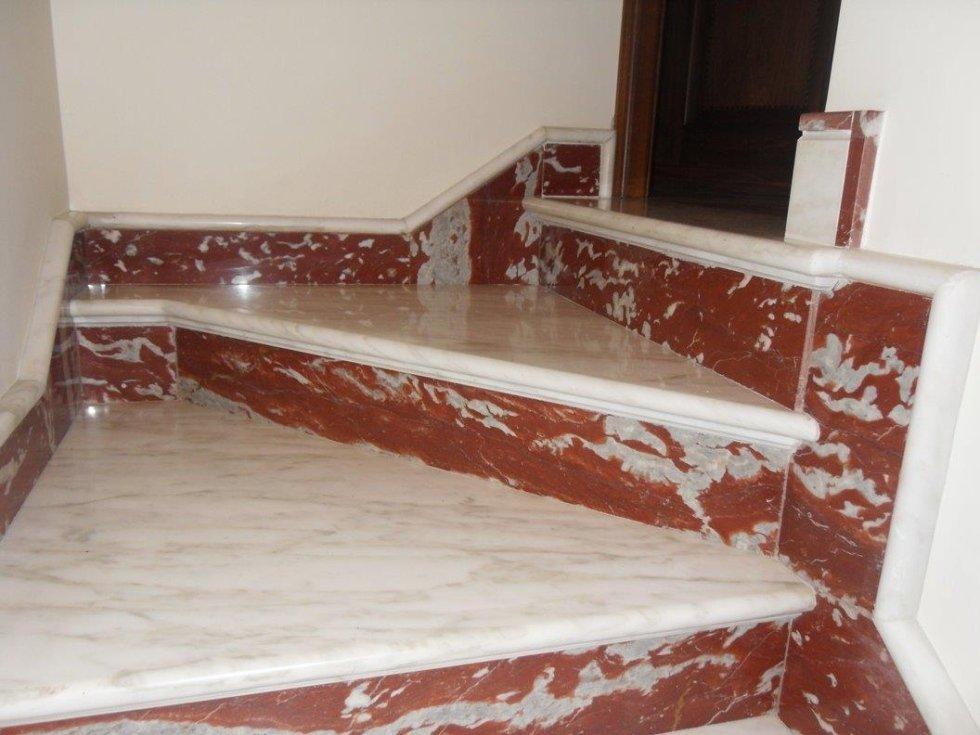 Scala in marmo Panico Marmi