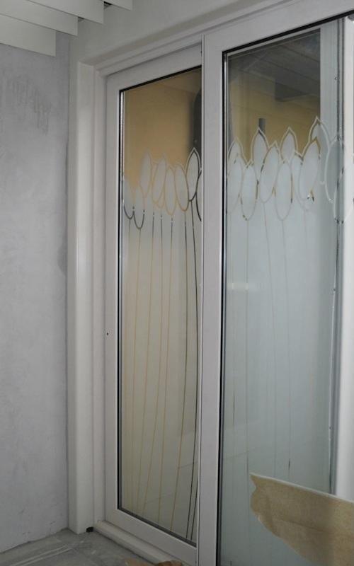 montaggio porte finestre per abitazioni su misura