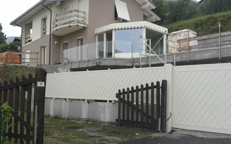 recinzione metallo per villetta